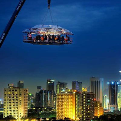 An unforgettable dinner dangling high in the sky under the stars
