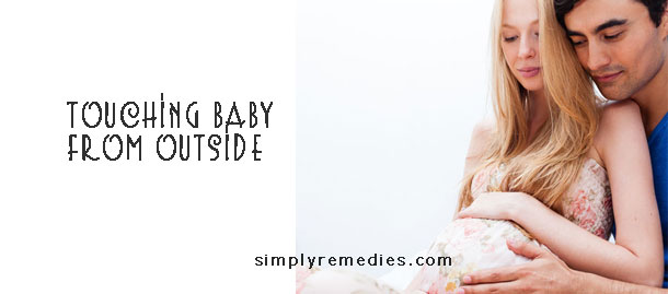 8-steps-to-develop-baby-intelligence-while-in-the-womb-touching