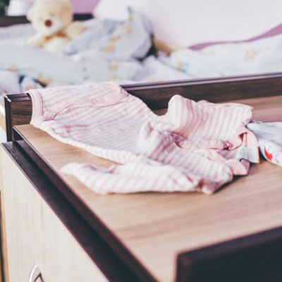 Method for folding baby clothes