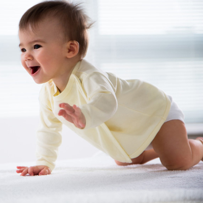 6 reason why crawling is important in baby milestone